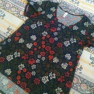 Lularoe // Irma tunic red navy floral